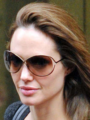a596dff2dfc4 Angelina Jolie Accentuates with Tom Ford Miranda - Sunglasses and ...