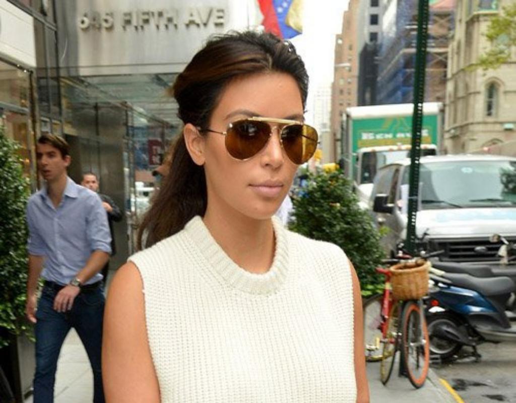 21f6b82ba4 Kim Kardashian Aviator Sunglasses Style