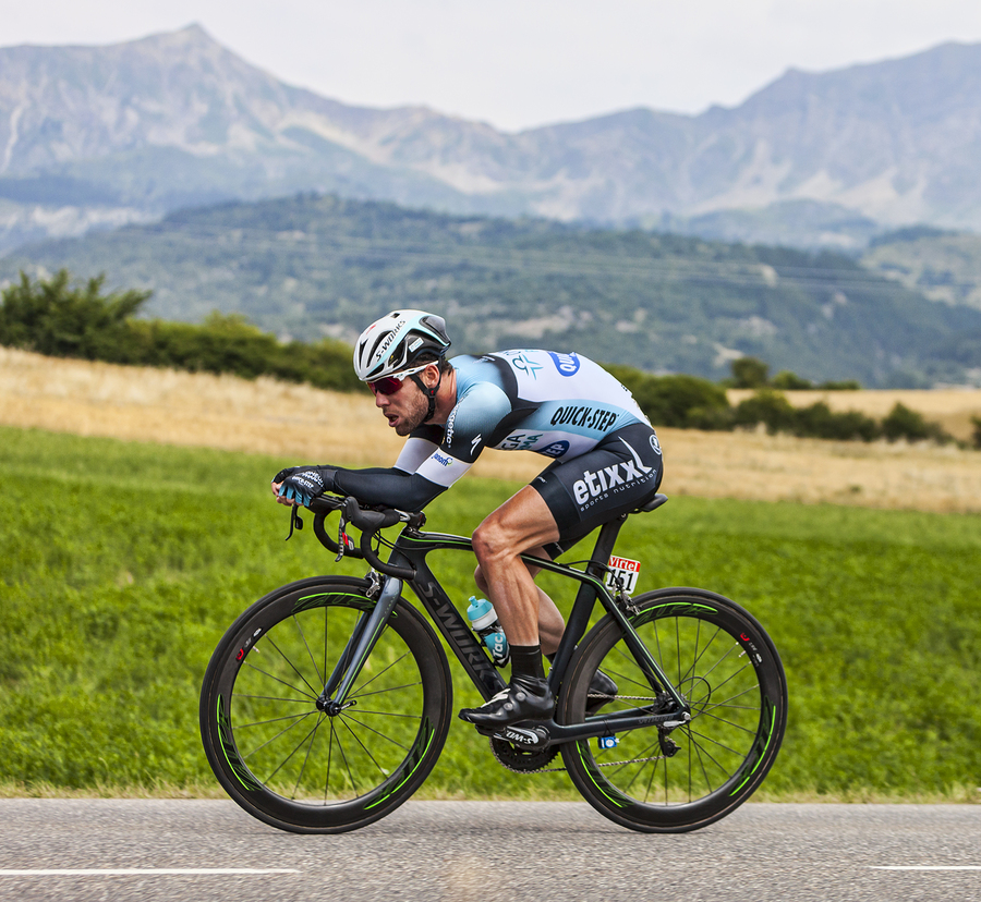 What Are The Best Oakley Sunglasses For Road Cycling ...