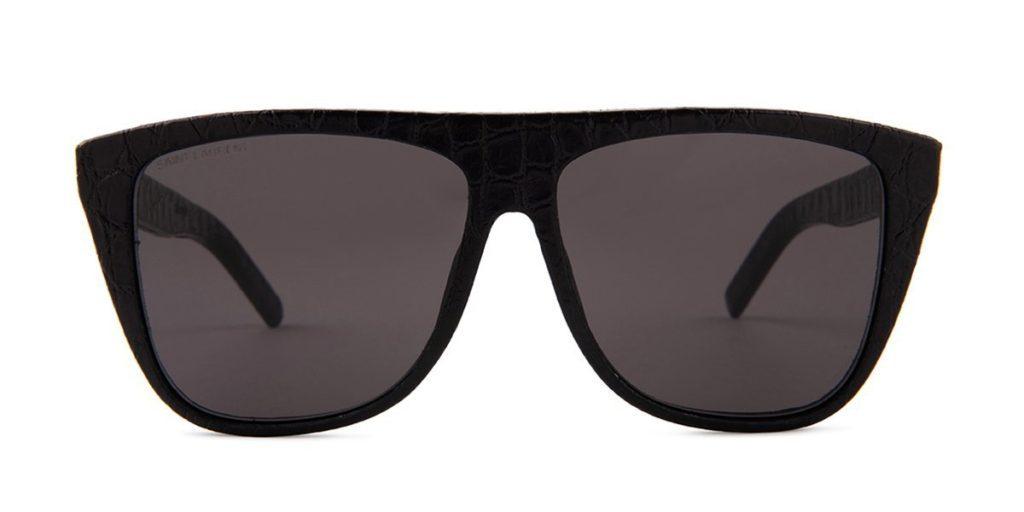 a806fc8cd136 oversized sunglasses trend
